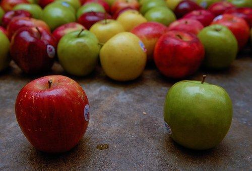 Ok, tal vez las manzanas no sean tan tentadoras como un chocolate...Pero, ¿quién dijo que hacer dietas era fácil?