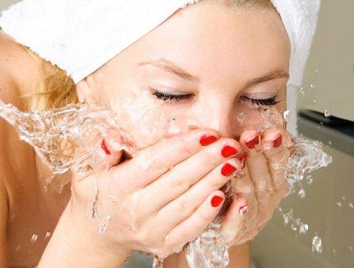 Lavar el rostro