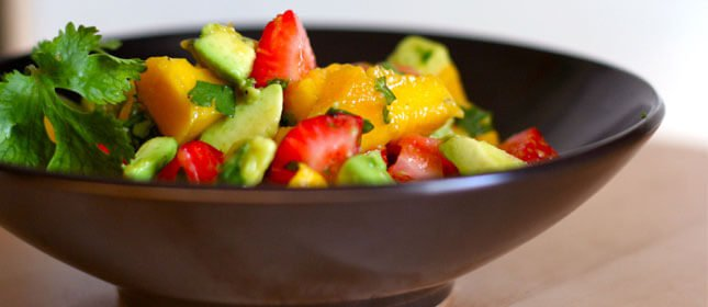 ensalada-fresa-mango-aguacate1
